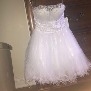 White A-line Prom Dress